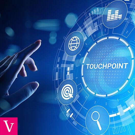 Czym są touchpointy i jak wpływają na ścieżkę zakupową klienta?